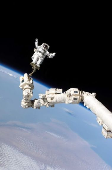 Hmm third spacewalk robot arm you connect the dots