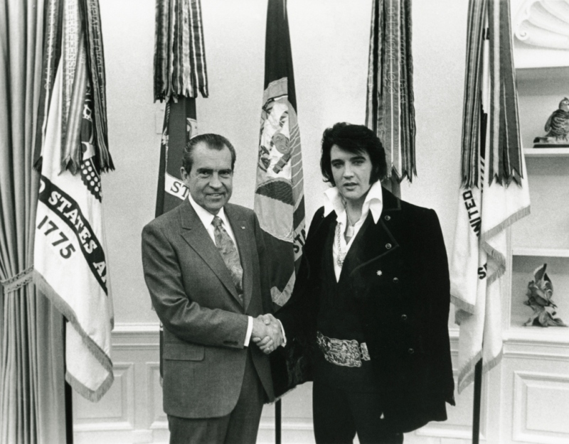 Elvis and Nixon meet December 21 1970