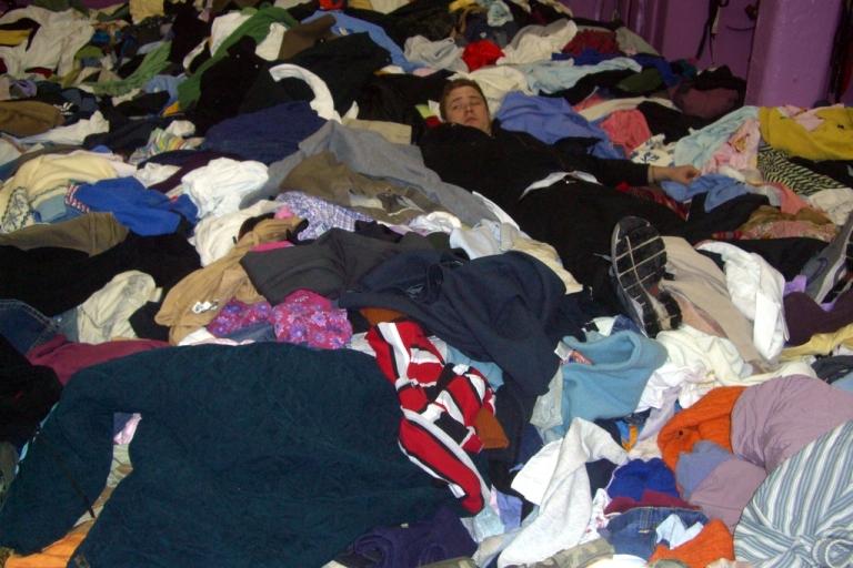 Hoarding pile