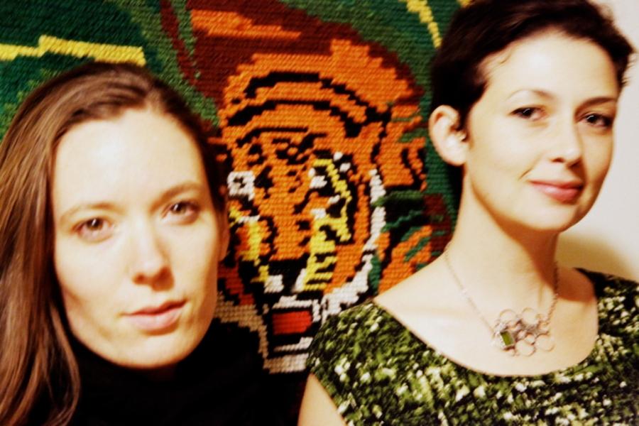 Laura and Etta 3rdarm