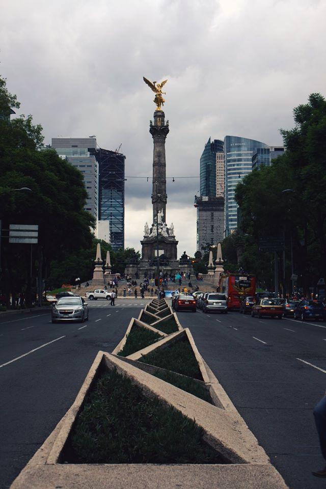 angel de la independencia 3rdarm mexico city frontera grill staff trip chicago xoco arthur mullen