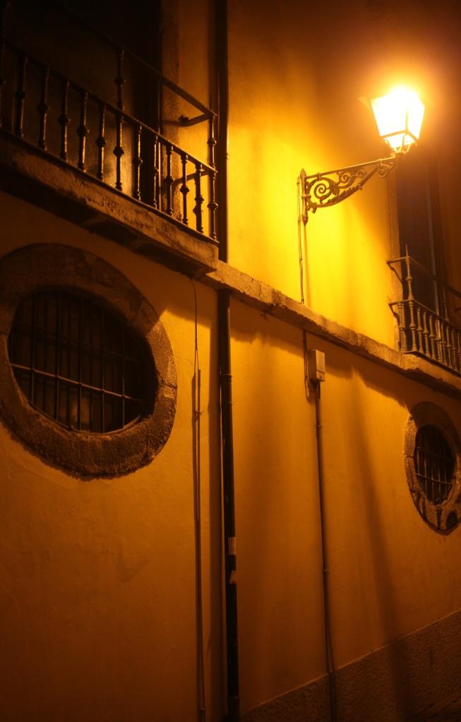 pont dom luis i ribeira night porto portugal 3rdarm bridge douro river yellow lights