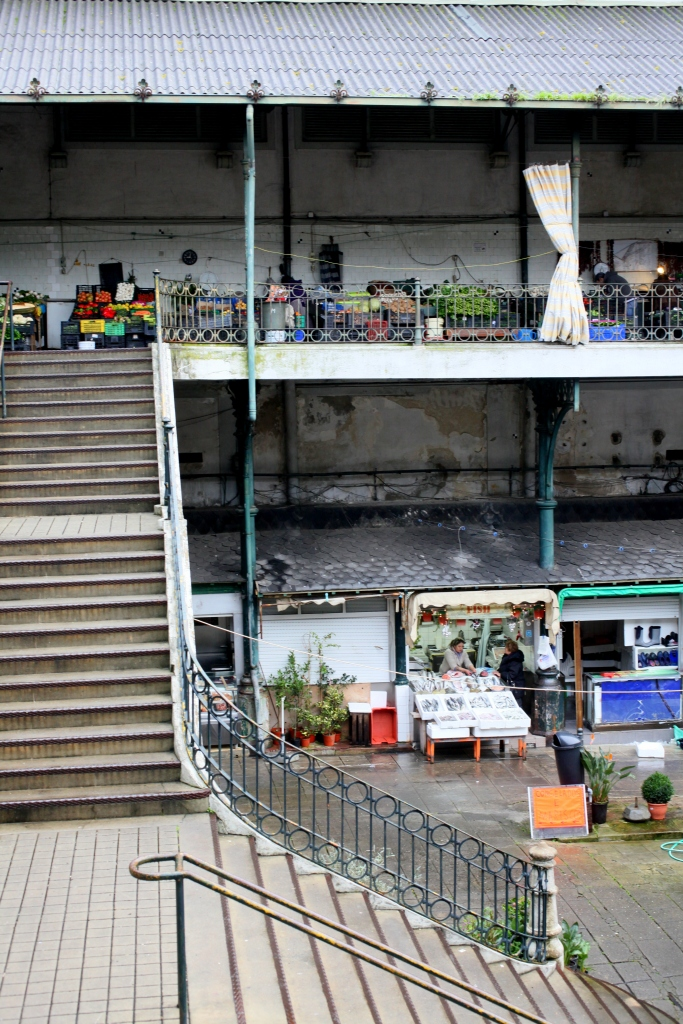 Mercado do Bolhão porto portugal fish cheese flowers plants meats wine cheese 3rdarm arthur mullen